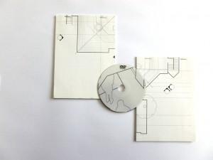 « Build n° 2 » , livret 32 pages n&b + dvd rom. Sous la direction de Sébastien Vonier et Alexis Chazard, Présent composé, 2005